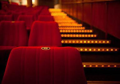 Правила возврата билетов в театр из-за коронавируса 🎭😷